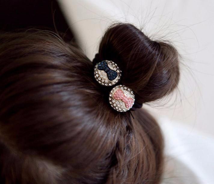 ヘアゴム アンティーク風 キュートなリボンモチーフ 可愛い円形に輝くダイヤモンド 「ヘアアクセサリー 髪飾り 簡単ヘアアレンジ」-1