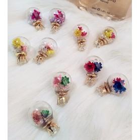 ピアス/イヤリング 布のお花とストーン入り ガラス製球体チャーム 球体ピアス金具