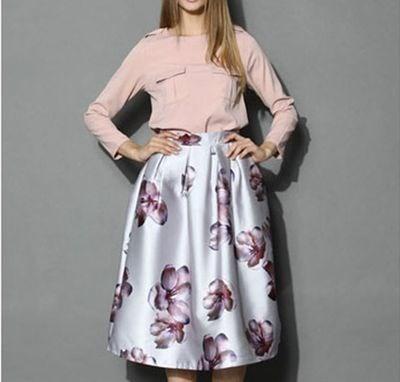 プリントのモモの花の傘のスカートのハイウエストのスカート
