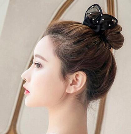 ヘアゴム 大人可愛いウサギの耳モチーフ 「ヘアアクセサリー 簡単ヘアアレンジ まとめ髪」