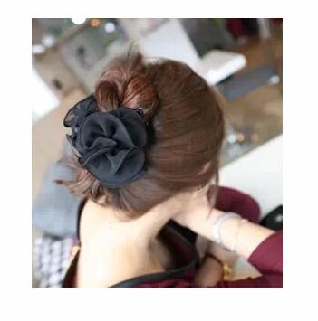 ヘアクリップ 花モチーフリボン「ヘアアクセサリー 髪飾り 簡単ヘアアレンジ」-1