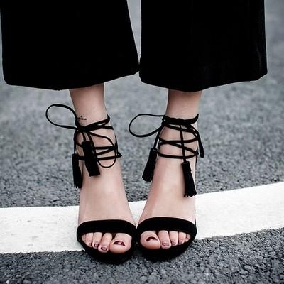 欧米    流行   新作   サンダル   ベルベット   ピンヒール   けい帯   靴
