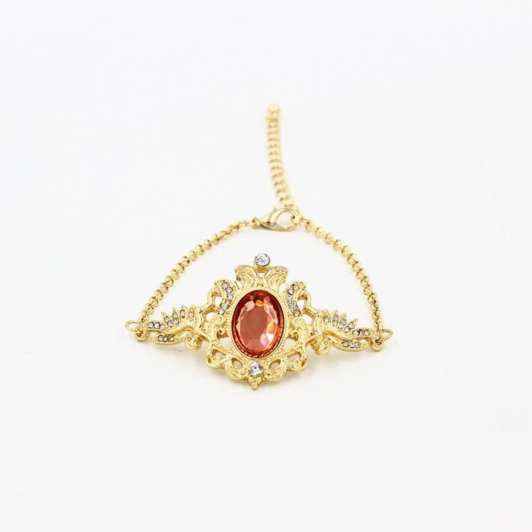 アンティークのレッド宝石のプレスレット