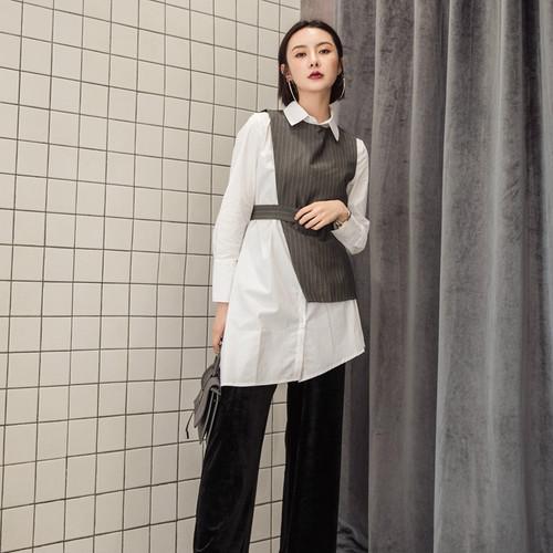2017春の韓国スタイルの風格のスリム効果の縞模様のベストのワイシャツのゆったりするアンサンブル