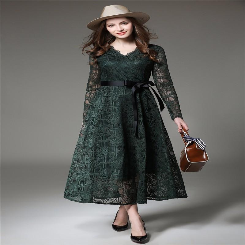 ワンピースのヘップバーンの優雅なフレアーの緑スカート