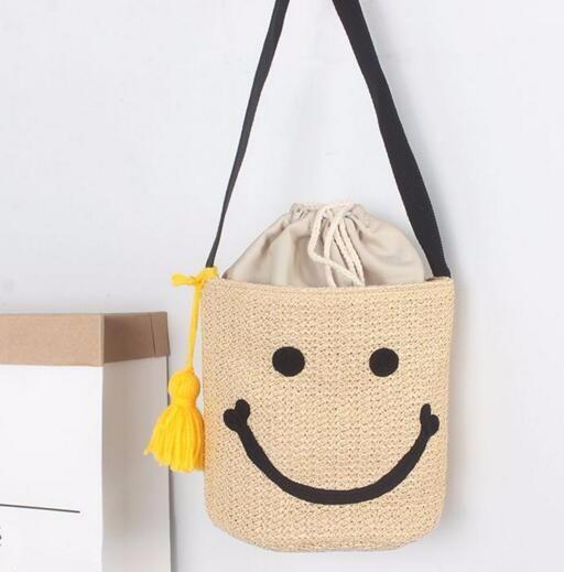 ★2017夏新作★スマイル刺繍 バケツ型 ショルダーバッグ 可愛い笑顔