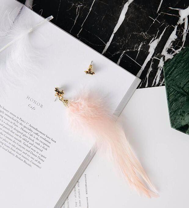 復古 ダイヤモンド 羽毛 耳飾り 非対称 スター耳輪 イヤリング ピアス  女性 ボヘミアスタイル(ピンク)
