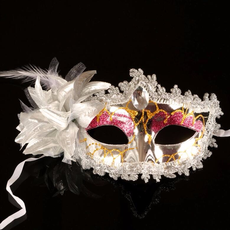 ダイヤモンド レース 花柄 羽毛仮面 ベニス服装仮面 ハロウィーンの仮面  仮面舞踏会(シルバー)