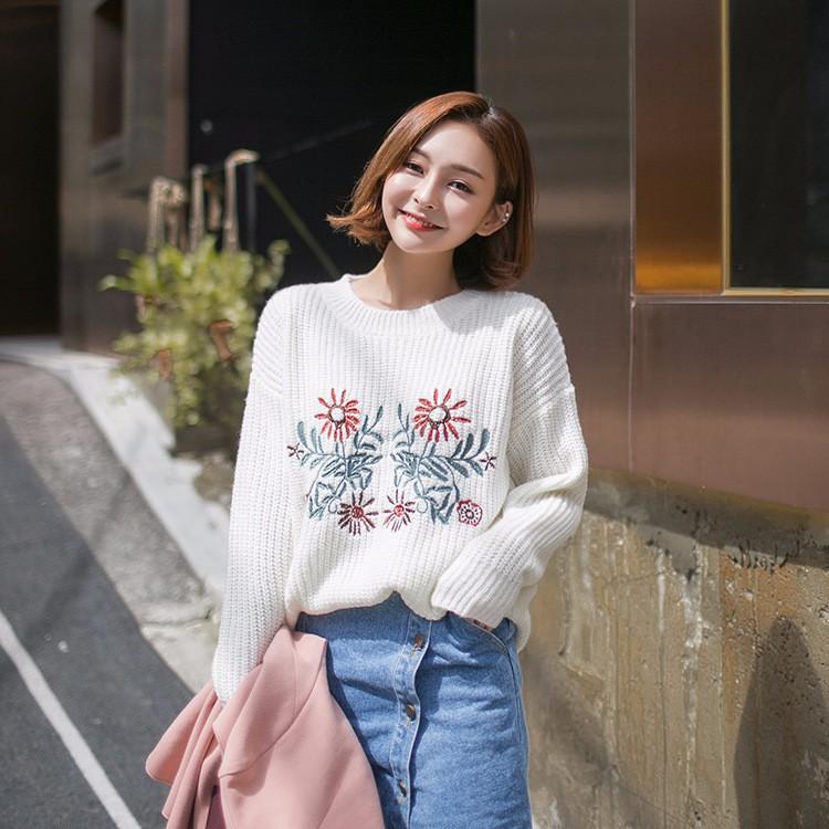 刺繍セータートップス プルーオーバー ホワイト