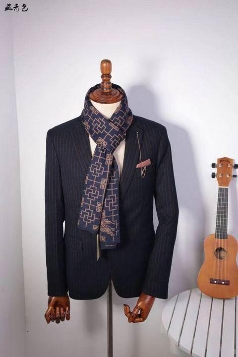 Burberry scarf manバーバリーのスカーフメンズバーバリーのスカーフ上品上質