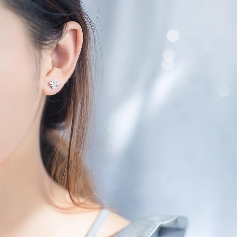 送料無料 キラキラ ハート ピアス レディースS925 イヤリング 耳スタッドレディース ファッション 小物 ジュエリー アクセサリー プレゼント ギフト