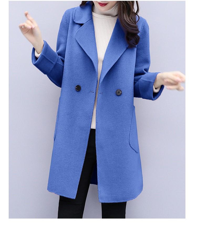 ロング丈のゆったりするラシャのコート