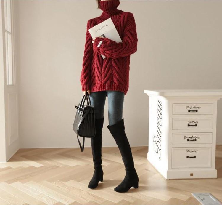 秋冬の新作はゆったりするタートルネックの毛糸のセーターをさらに厚くします