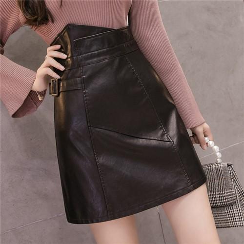 春新作の不規則なA字の小皮のスカート