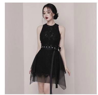 袖なしレース黒いスカート