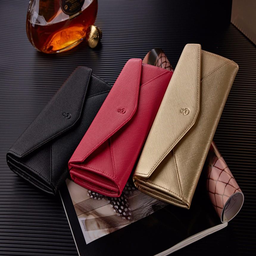 女性のファッション人気の長い財布