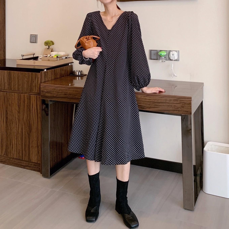 韓国ファッション Vネックロングワンピース カジュアル ゆったり ラッパー袖