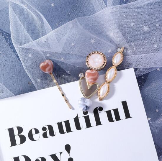 新作 ヘアアクセサリー 髪飾り ヘアピン ハート 気質 アクリル chic 気質 3点セット レディース ファッション