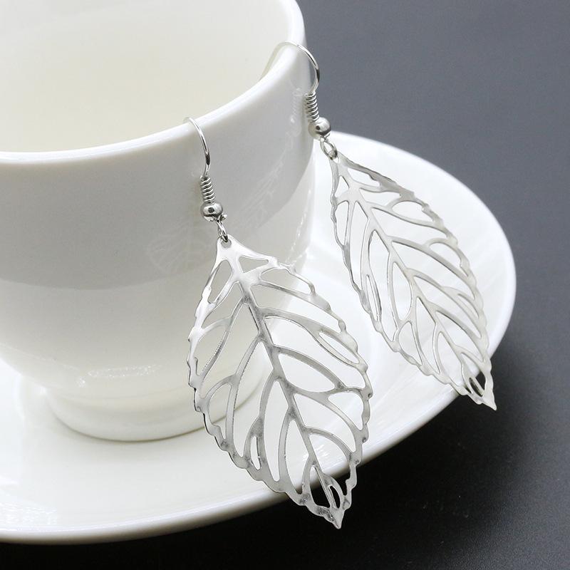 欧米風イヤリング 金属製葉っぱ型イヤリング-2