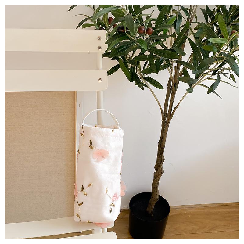 ピンクの立体花のコップバッグ