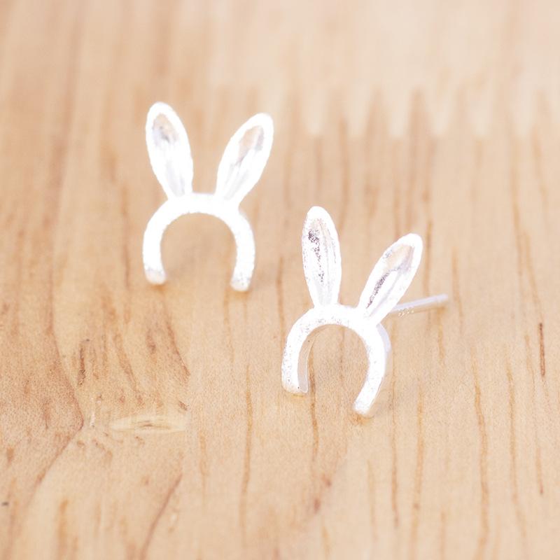 083ウサギの耳